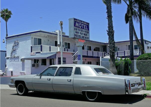 Cadillac 75 Dolphin Motel