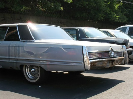 Imperial Crown Coupe 1967 rear