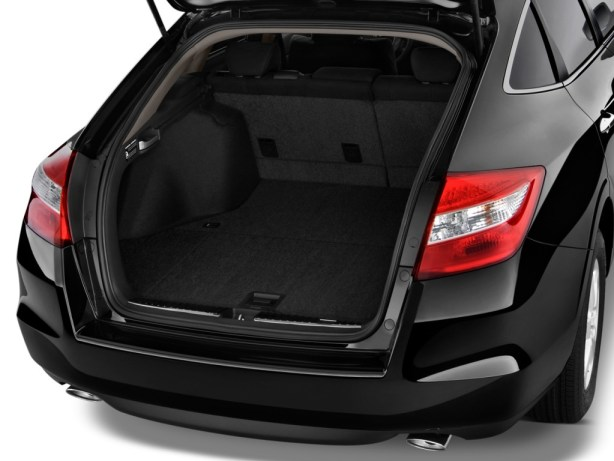 2012-honda-crosstour-trunk-picture-19