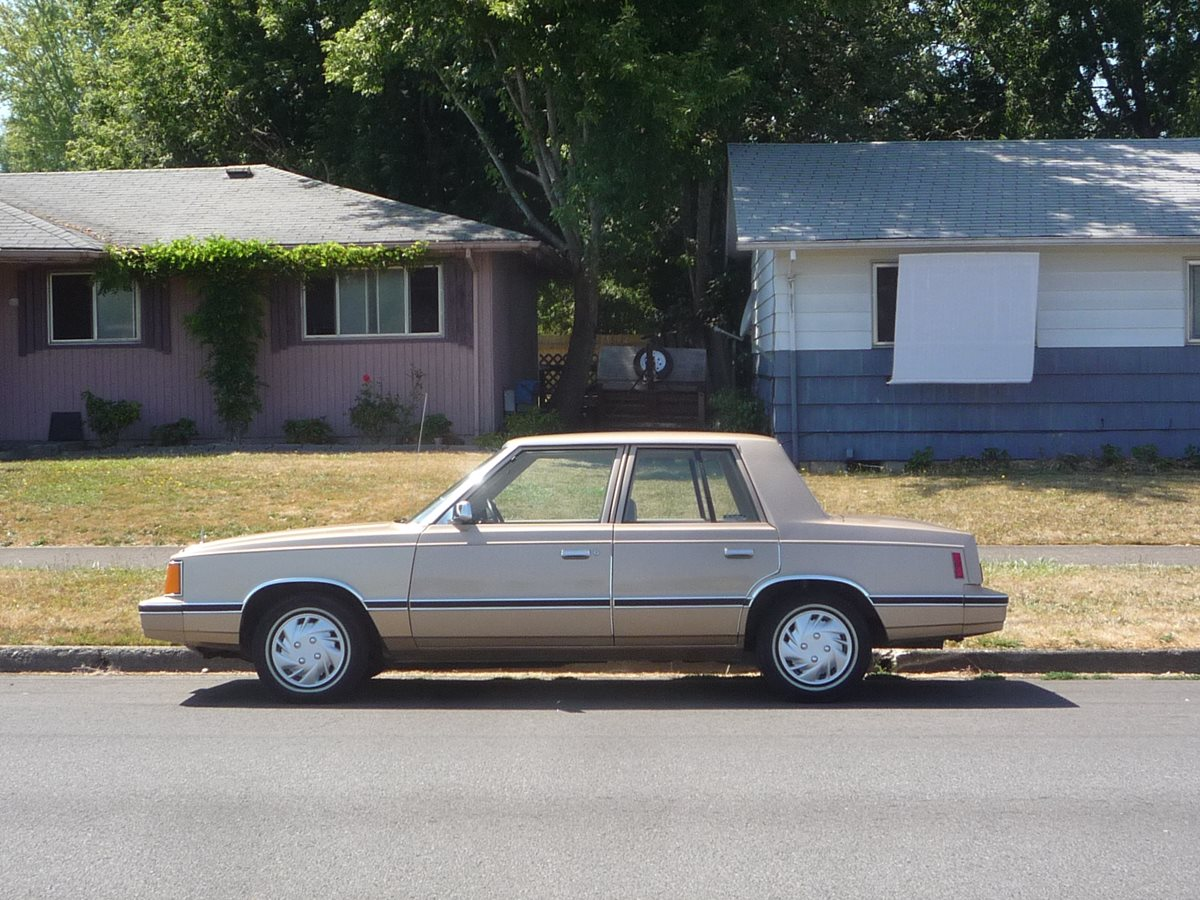 curbside classic 1983 dodge aries the k car saves chrysler. Black Bedroom Furniture Sets. Home Design Ideas