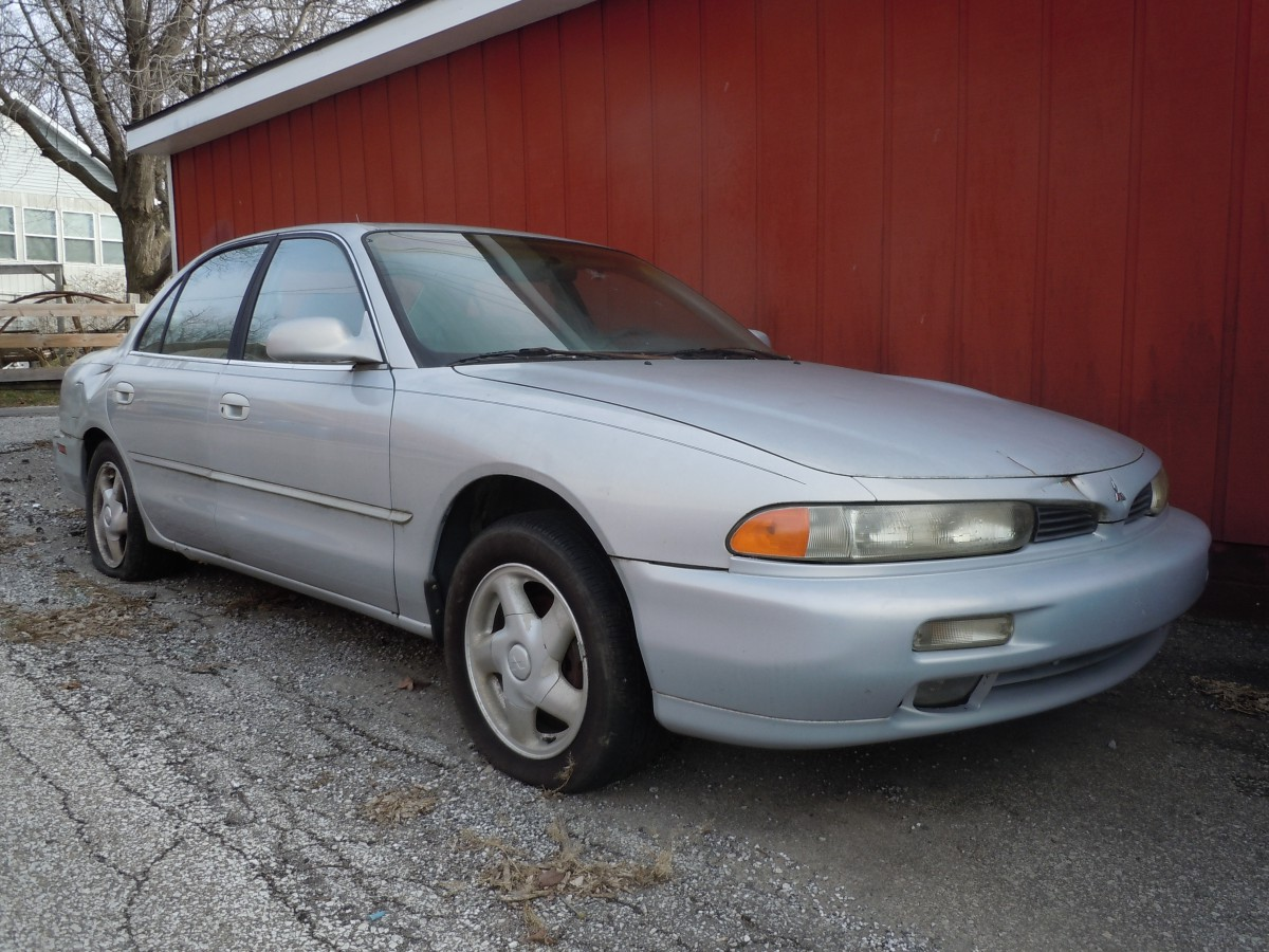 I came across this rather sad looking 1994 galant behind a friend s apartment where it s remained since i first saw it a few months ago