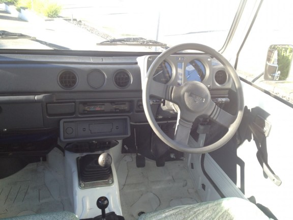 2014 Suzuki Farm Worker interior
