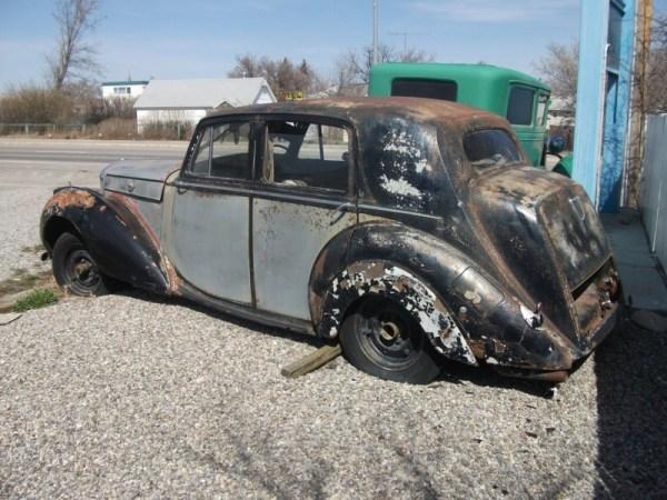 Bentley Mk VI rear