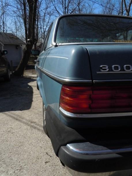W123_Tailfin