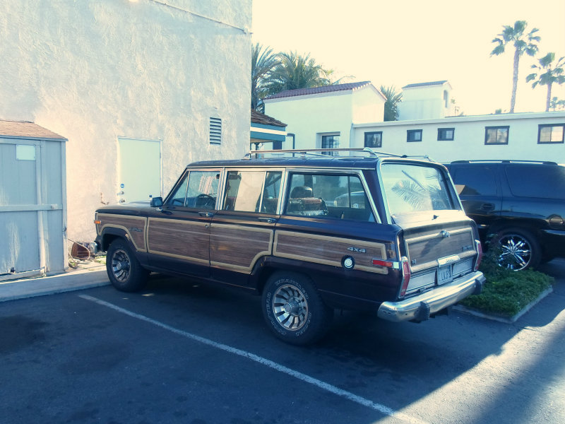 jeep wagoneer rear. Cars Review. Best American Auto & Cars Review