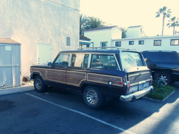 Jeep Wagoneer rear