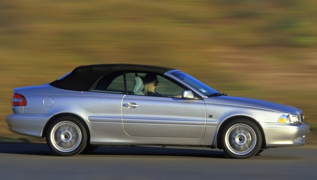 Curbside Classic: 2001 Volvo C70 Convertible – The Sexy Swede
