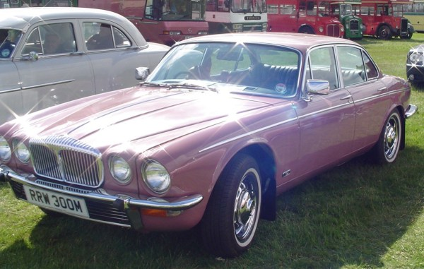 Daimler in pink