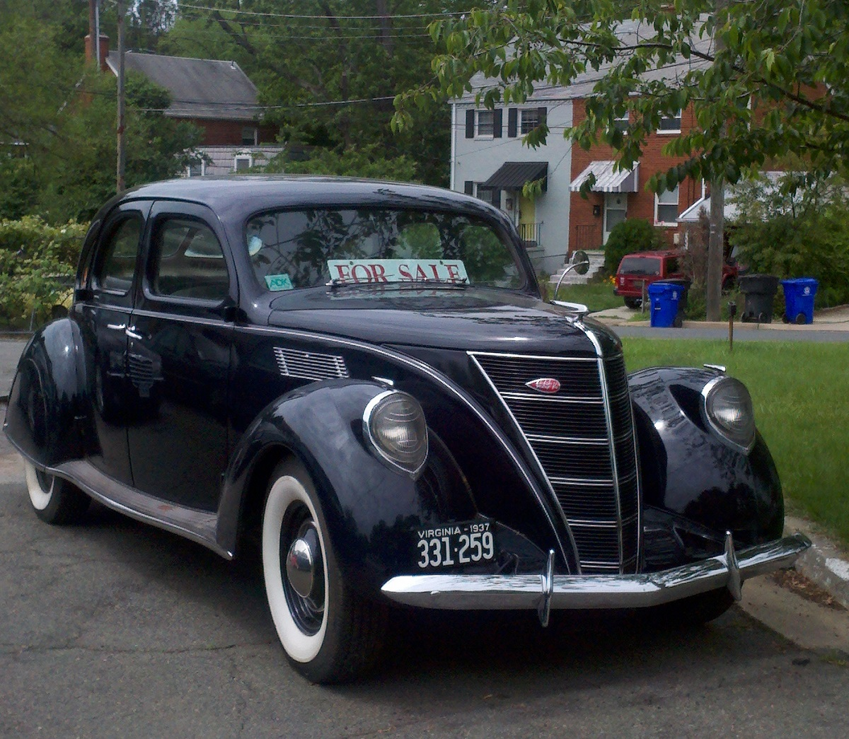 Curbside Classic 1937 Lincoln Zephyr V 12