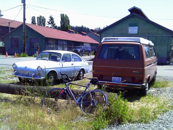 1969 Volkswagen Type 3 Fastback and friends _02