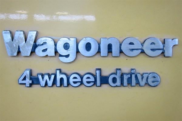 1976 Jeep Wagoneer a