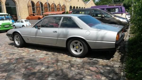 Ferrari 400i s