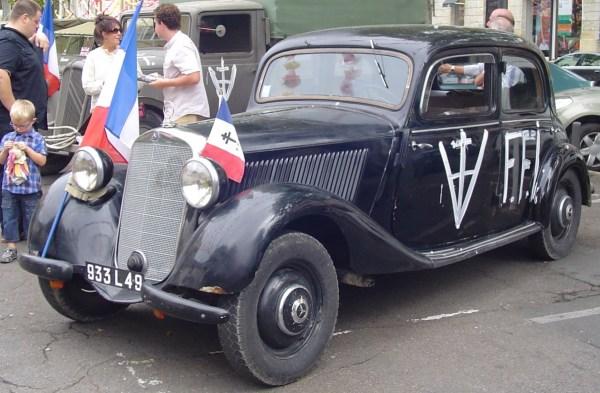 MercedesW136_2