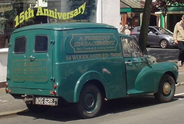 Morris Minor van-1