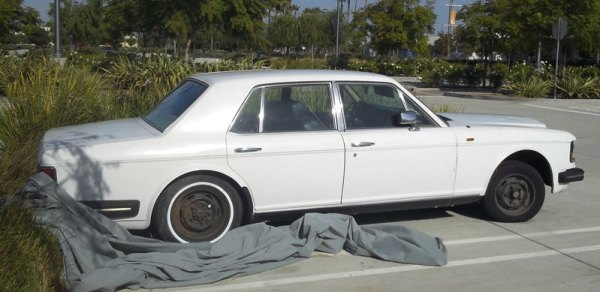 Rolls-Royce-Silver-Spirit-2