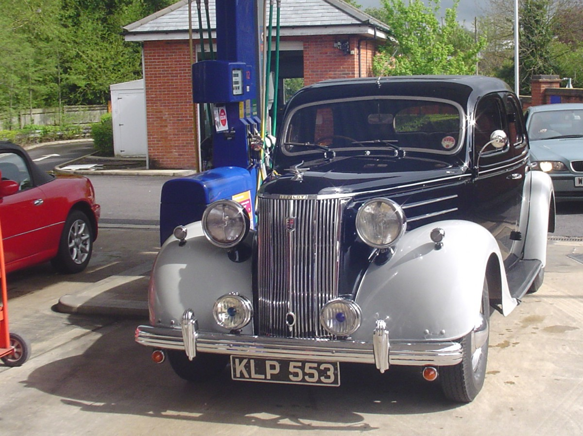 Cc Capsule 1949 Ford Pilot V8 And 1961 Consul A Little Bit Car Gas Tank Of Dearborn From Dagenham