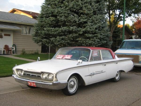 1960 Meteor Rideau 500