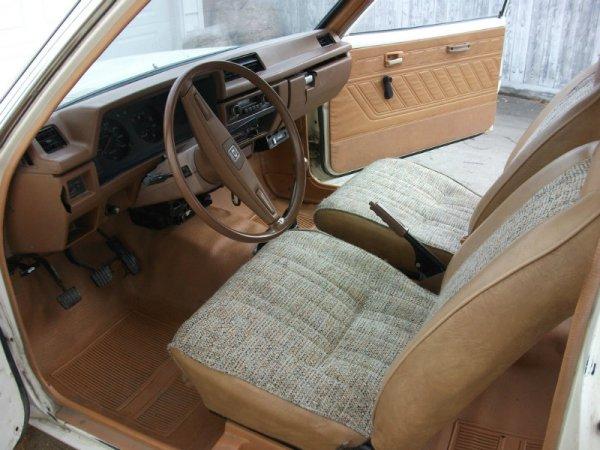 1981 Datsun 210 interior