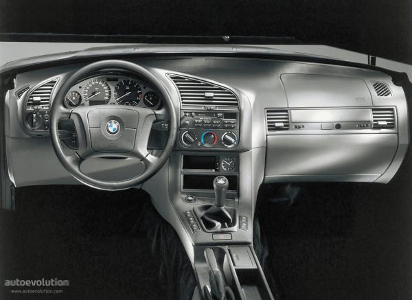 BMW3Series-E36-Sedan-767_8