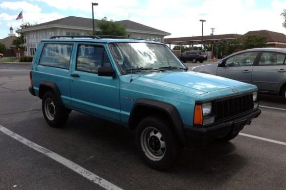 1995 Jeep Cherokee b