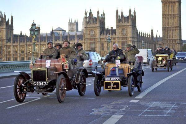 london-to-brighton-veteran-car-run-2013