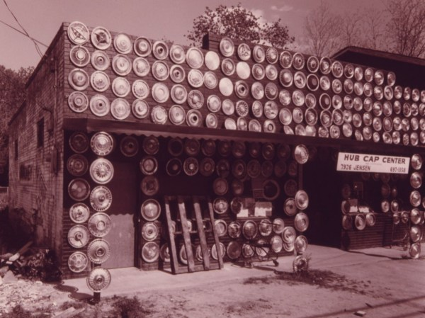 Hubcap shop