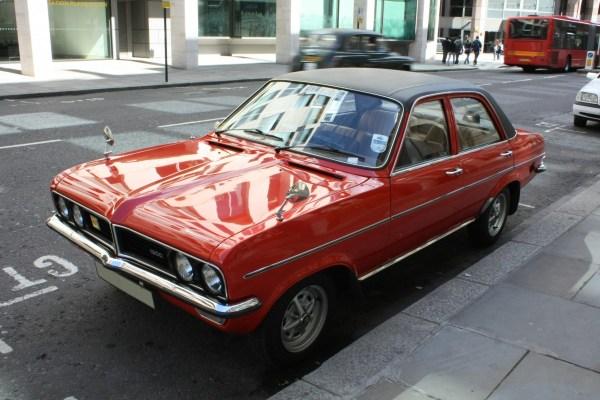 Vauxhall_HC_Viva_1300_GLS_Front