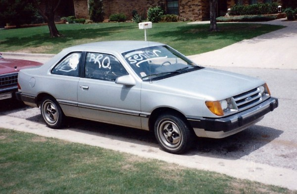 1984 Ford Tempo 3-4 front