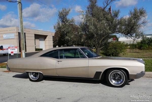 Buick 1967 Wildcat