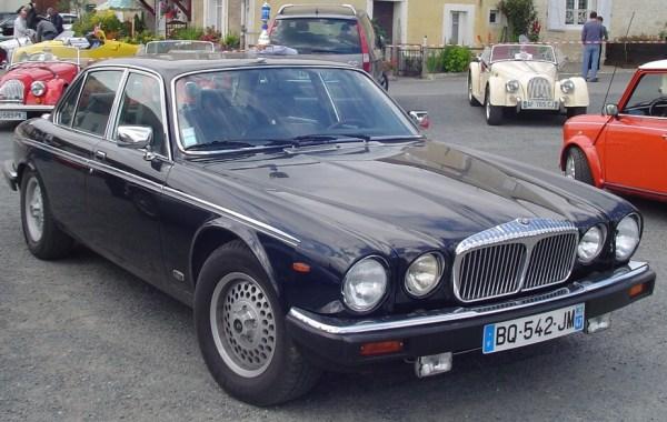 Daimler-Double-Six_1
