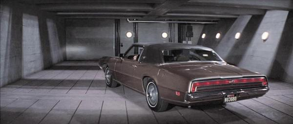 Ford-Thunderbird-Diamonds-Are-Forever-bond-1971