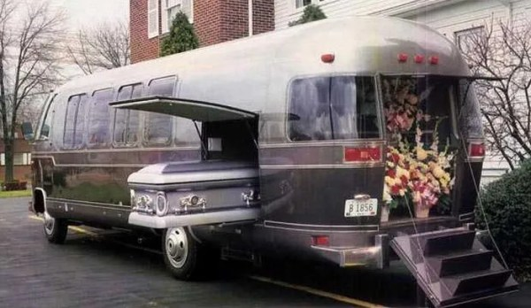 airstreamhearse_700