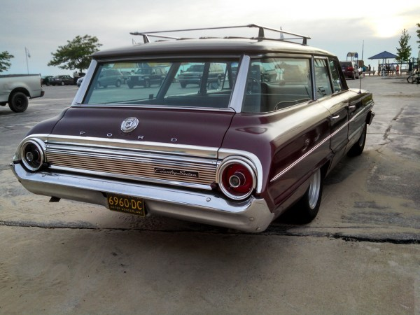 1964FordCountrySedan08