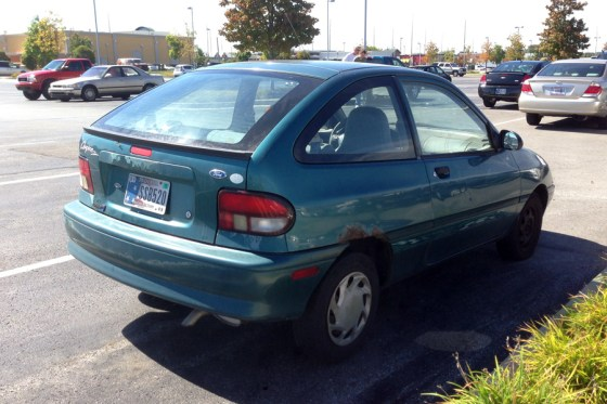 1996 Ford Aspire (2) c