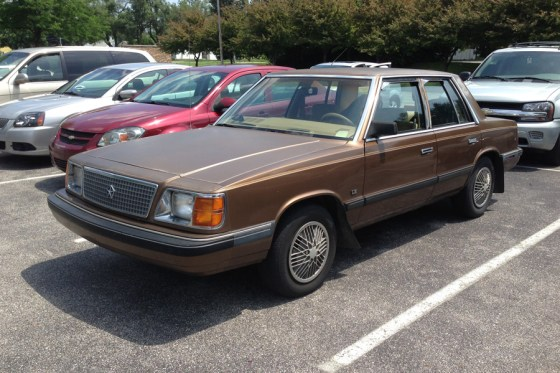 1986 Plymouth Reliant b
