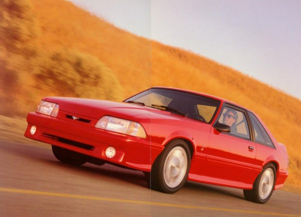 1993 Ford Mustang Cobra-04-05
