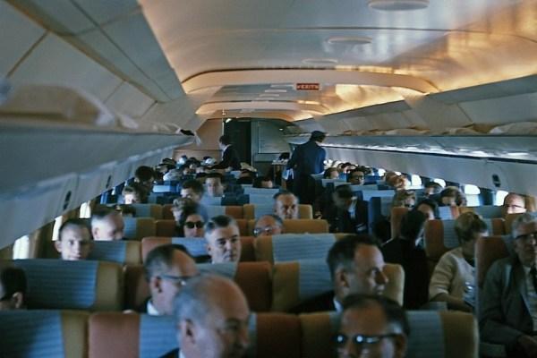 DC-8-51-N8007U-int-21864-860x574
