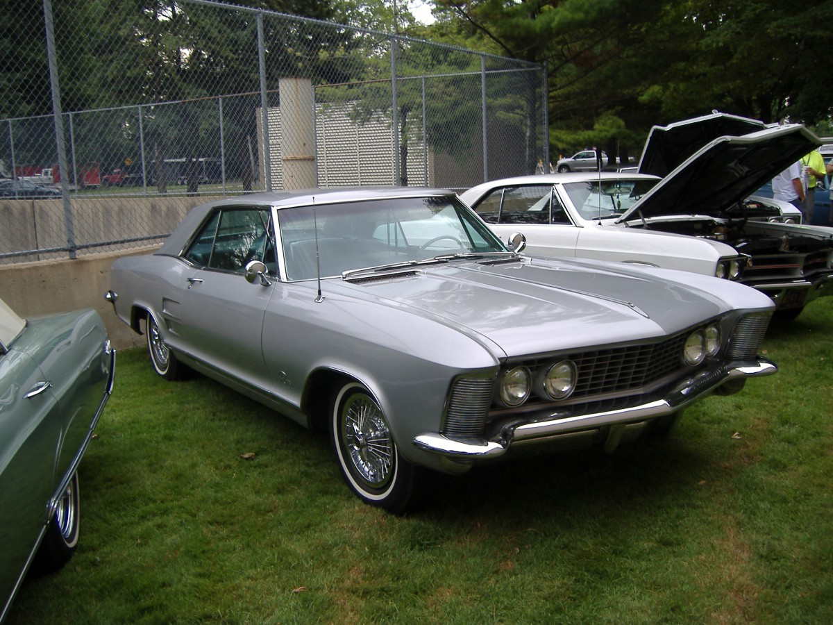 the great 28 car 2 1963 65 buick riviera the buick i can t buy. Black Bedroom Furniture Sets. Home Design Ideas