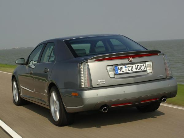 cadillac sts europe