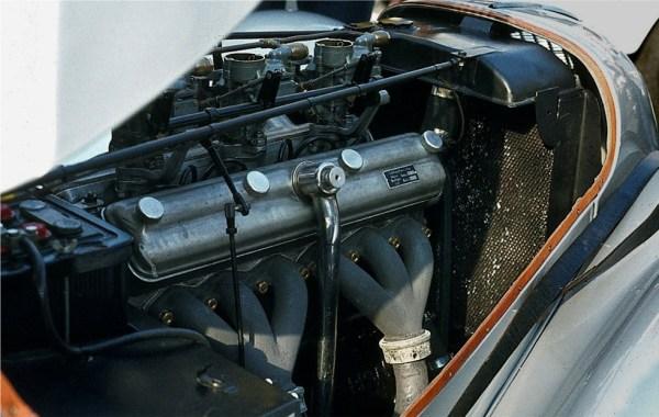 BMW_328_6-Zylinder-Motor
