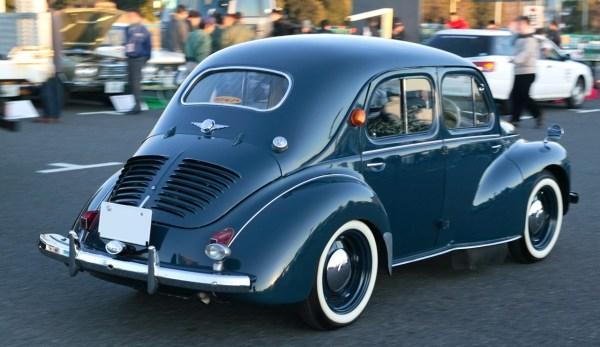Hino Renault_4CV_002