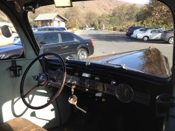 Packard 1937 RV int