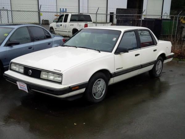 Pontiac 1991 6000 fq