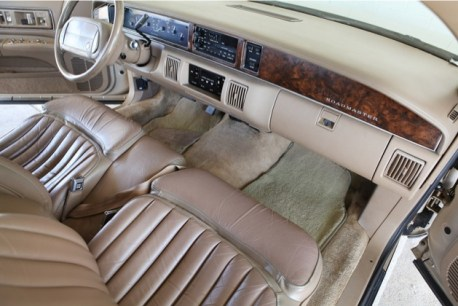 wpid-1993-Buick-Roadmaster-Estate-i-2011-10-18-16-14