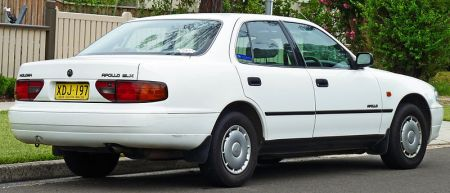 800px-1993-1995_Holden_Apollo_(JM)_SLX_sedan_(2011-03-10)