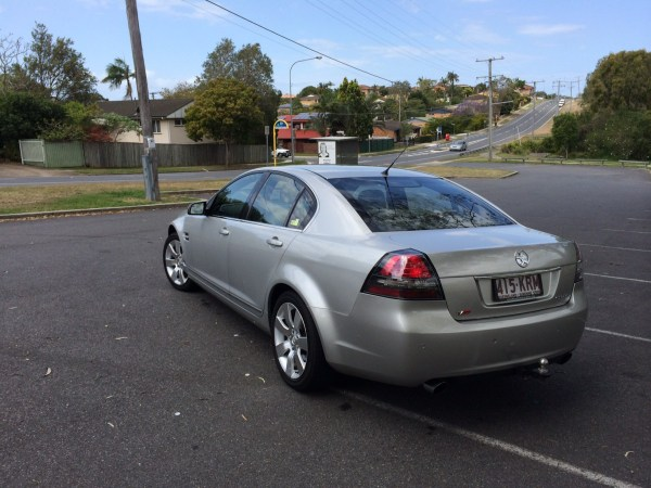 Holden VE Calais (7)