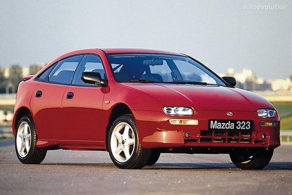 MAZDA323F-922_2