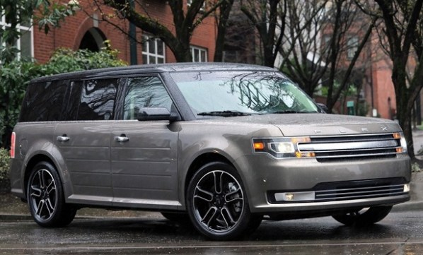 2015-Ford-Flex-front-view