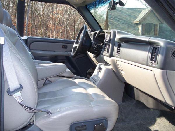 Chevrolet 2000 suburban int