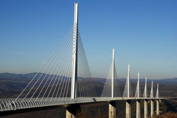 millau-viaduct-221